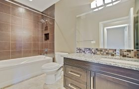 homes-by-greenstone-bathrooms-054