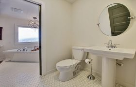 homes-by-greenstone-bathrooms-065