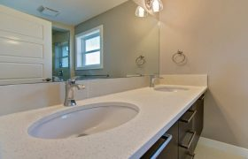 homes-by-greenstone-bathrooms-072
