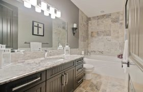 homes-by-greenstone-bathrooms-075