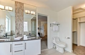 homes-by-greenstone-bathrooms-077