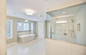 homes-by-greenstone-bathrooms-085