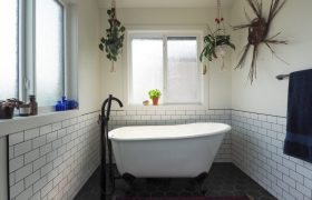homes-by-greenstone-bathrooms-086