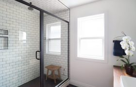 homes-by-greenstone-bathrooms-087