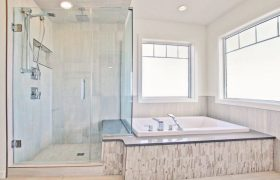 homes-by-greenstone-bathrooms-091