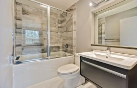 homes-by-greenstone-bathrooms-101