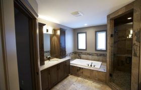 homes-by-greenstone-bathrooms-105