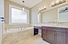 homes-by-greenstone-bathrooms-110