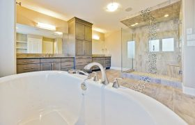 homes-by-greenstone-bathrooms-113