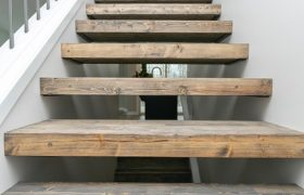 homes-by-greenstone-stairs-3